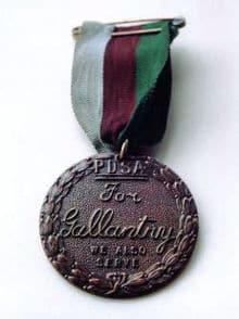 220px_Dickin_Medal